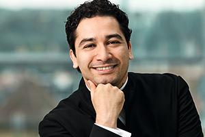 アンドレス・オロスコ=エストラーダ 2021/22シーズンからウィーン交響楽団の音楽監督に就任!