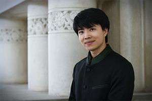 【掲載情報】キット・アームストロング 東京新聞「クラシックの部屋『伊熊よし子のここから広がる』」
