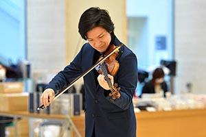 [0歳児とおでかけ応援プロジェクト Vol.2] 成田達輝 (ヴァイオリン)と夢のひとときを 2020年2月21日 公演レポート