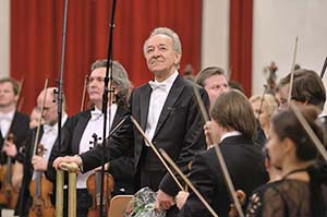 【掲載情報】ユーリ・テミルカーノフ、サンクトペテルブルグ・フィルハーモニー交響楽団 (2020年3月)
