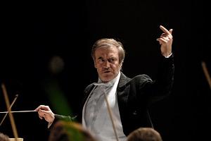 マリインスキ―歌劇場管弦楽団  YouTubeでスヴィリードフ「時よ、前進!(Time forward)」のリモート演奏が配信!
