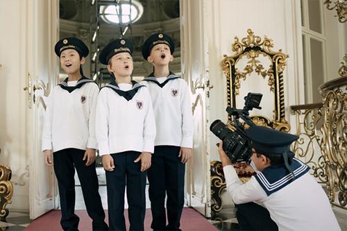 ウィーン少年合唱団のオンラインコンサート『Vienna Boys Choir: From Austria with Love』(有料)が9/26(土)より配信!