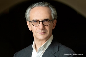 Fabio Luisi will become Chief Conductor of the NHK Symphony Orchestra from the 2022/2023 season.