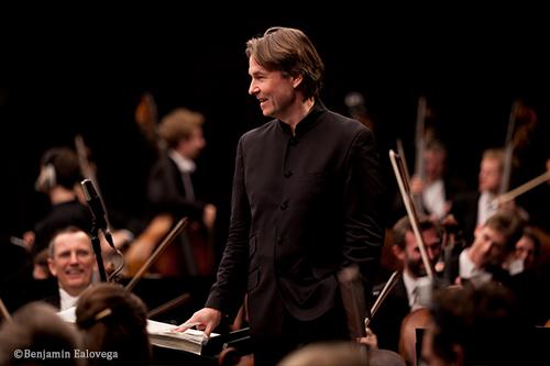 サロネン、いよいよフィナーレへ。 フィルハーモニア管弦楽団の首席指揮者を13年間務めたエサ=ペッカ・サロネンのさよならコンサート。 BBCWEBラジオで配信中